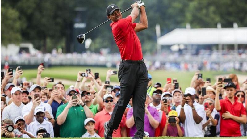 Golf. Tiger Woods gana tras cinco años de sequía