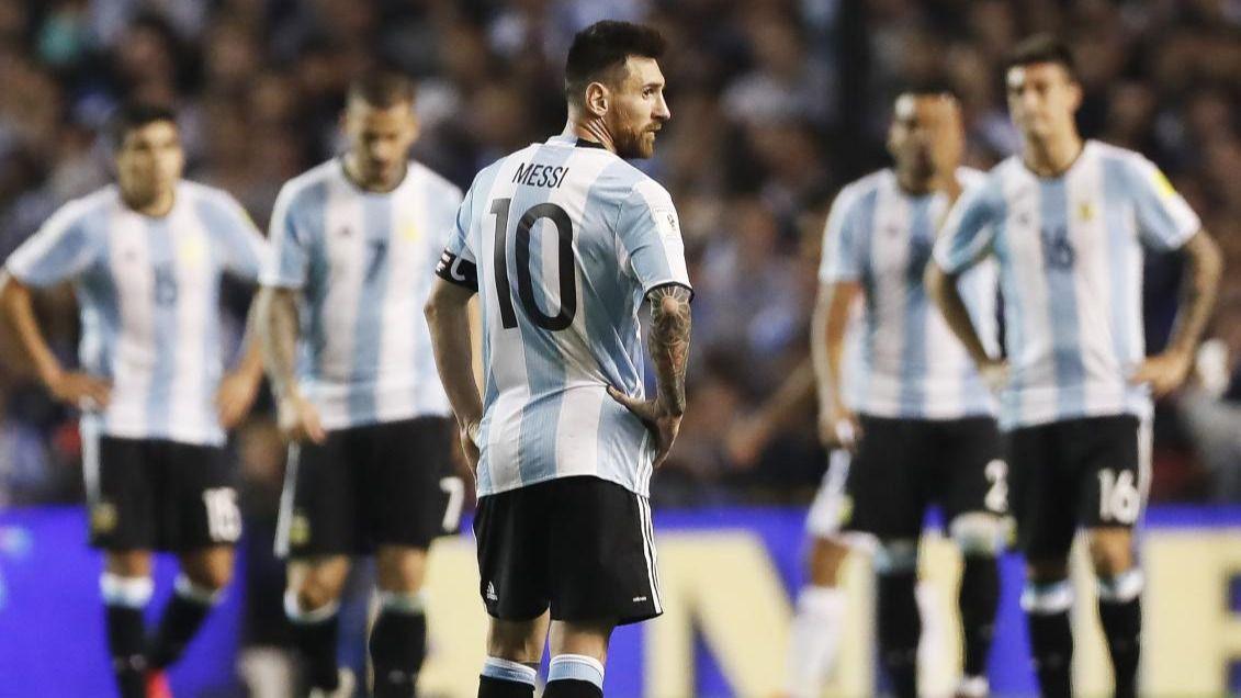 Maradona le aconseja a Messi que no vuelva a jugar con Argentina