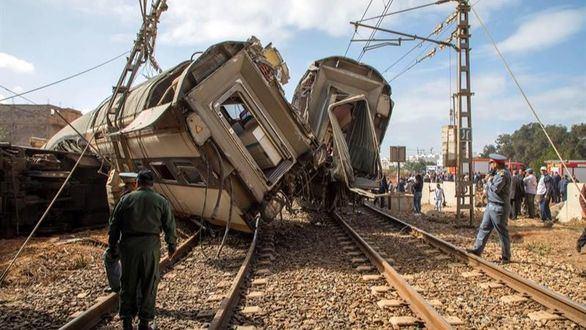 Al menos seis muertos y 86 heridos al descarrilar un tren de pasajeros en Marruecos