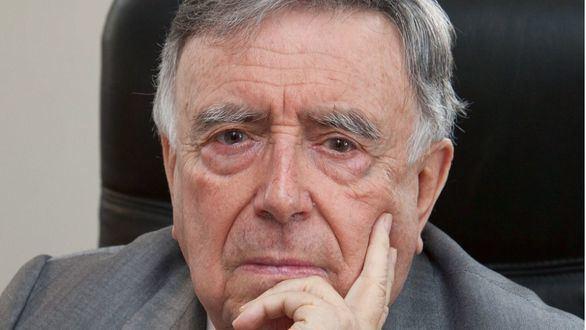 Homenaje del Club de Medios a Luis María Anson