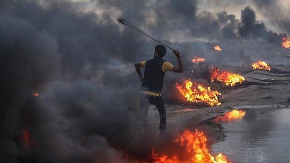 Israel responde al lanzamiento de una decena de cohetes bombardeando Gaza