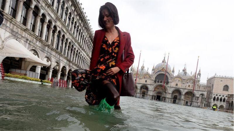 Acqua alta en Venecia: la marea sube 156 centímetros, máximo desde 2008