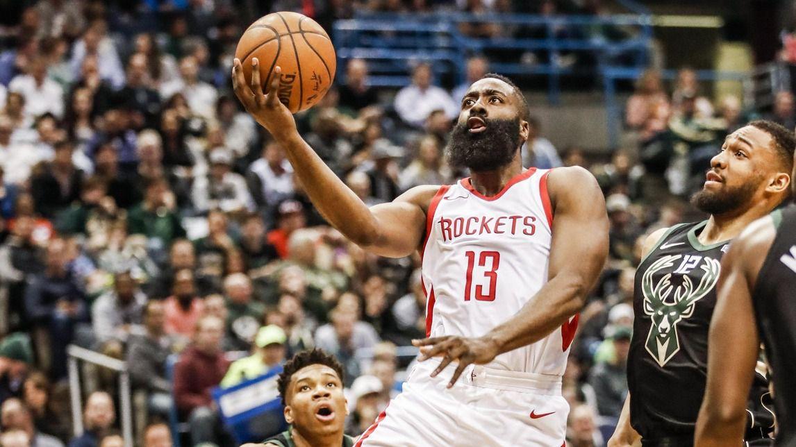 NBA. Los Rockets de Harden renacen y los Warriors sólo sobreviven