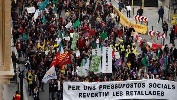Los médicos de Cataluña desconvocan la huelga