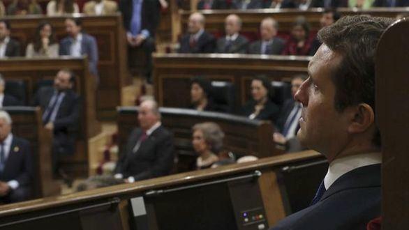 Casado excluye ahora a Vox de la negociación en Andalucía