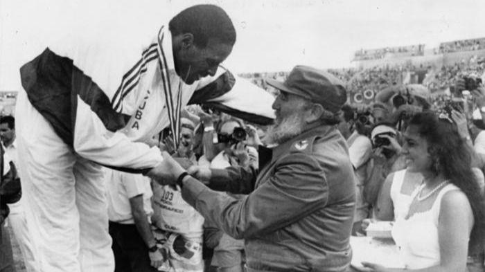 Atletismo. Javier Sotomayor y el declive cubano tras la muerte de Fidel Castro