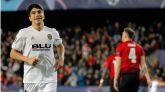 El Valencia se marcha a la Liga Europa con un triunfo ante el United  2-1