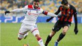Un golazo de Fekir pone al Lyon rumbo a octavos |1-0
