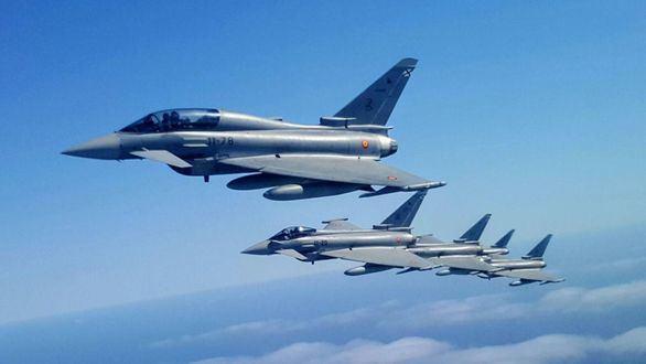 El Gobierno gastará 7.300 millones en 5 fragatas, 348 blindados y un Eurofighter