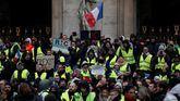 Cerca de un centenar de detenidos en París en las protestas de los 'chalecos amarillos'