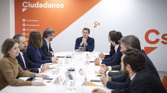 Cs pretende mantener su equidistancia apoyando a PP o PSOE