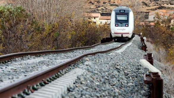 Ábalos explicará en el Congreso los problemas ferroviaros en Extremadura