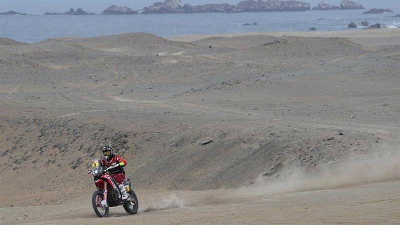 Dakar. Barreda lidera en motos tras la jornada 2 y Nani Roma es segundo en coches