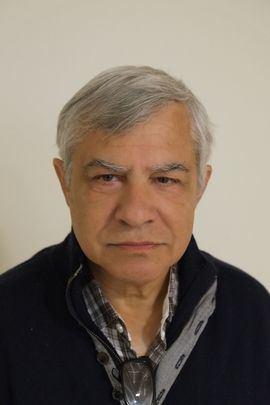 Fallece el crítico y profesor Juan Hernández Les