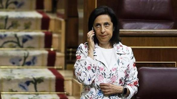 Robles pide que nadie use las Fuerzas Armadas con fines partidistas
