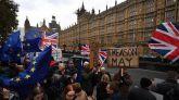 La UE alerta de que el 'no' aumenta el riesgo de salida sin pacto