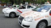 Los taxistas madrileños convocan una huelga indefinida a partir del lunes