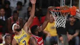 NBA. Un James Harden irrepetible rescata a los Rockets ante unos Lakers sin LeBron