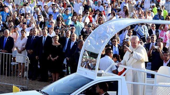 El Papa se contagia del lenguaje millennial: