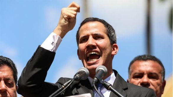 Guaidó pide al Ejército que permita la entrada de ayuda humanitaria