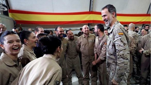 El Rey celebra su cumpleaños con una visita sorpresa a las tropas españolas en Iraq
