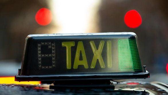 Los taxistas exigen ahora a los VTC una hora de precontratación