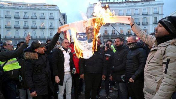 El taxi acuerda desconvocar la huelga sin ninguna victoria