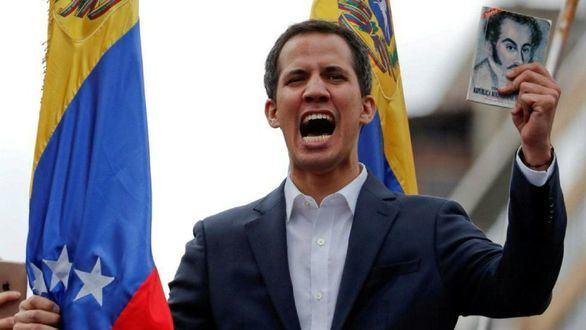 El Parlamento aprueba la ley de transición contra Maduro: