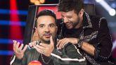Luis Fonsi y Pablo López entre actuación y actuación de las audiciones a ciegas de 'La Voz'.