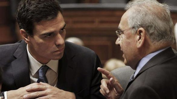 Guerra, contra el relator de Sánchez: