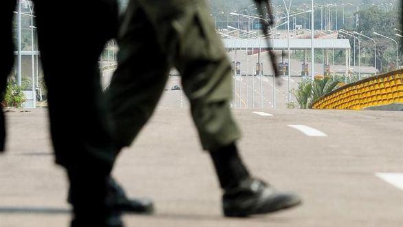 El Ejército de Maduro impide la entrada de ayuda humanitaria