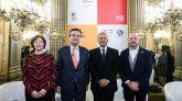 La directora de Arco Maribel López, el Director General de IFEMA, Eduardo López-Puertas, el embajador de Perú en España, Claudio de la Puente Ribeyro y el exdirector de Arco Carlos Urroz, durante la presentación de ARCO 2019.