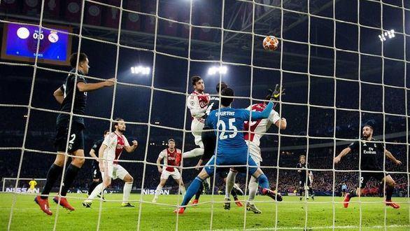 Un Real Madrid indolente escapa con triunfo ante el Ajax | 1-2