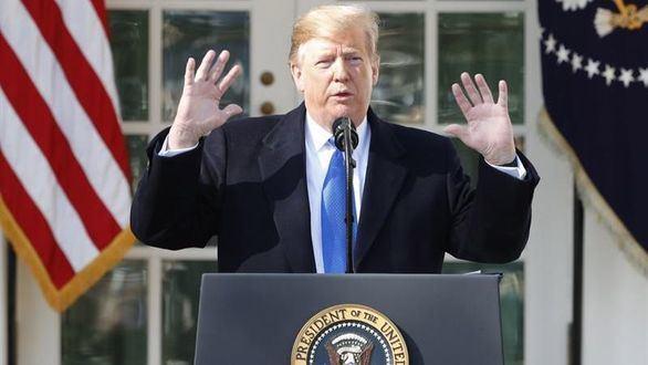 Trump declara la emergencia nacional para costear el muro