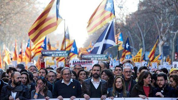 El independentismo se manifiesta en Barcelona contra el juicio