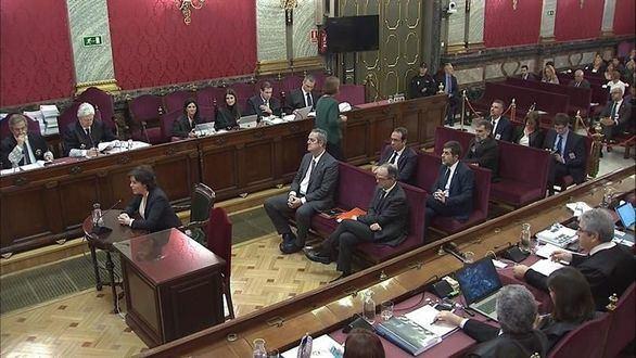 Santamaría niega que negociara el referéndum con Junqueras