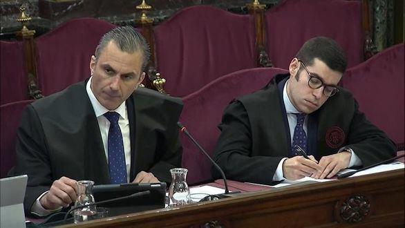 Un error de Vox compromete la cuestión clave de la Fiscalía a Trapero