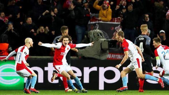 El Sevilla cae eliminado tras un torbellino de locura en la prórroga  2-3