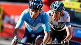 París-Niza. Egan Bernal avisa para el Giro y se pone como líder