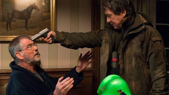 Jackie Chan y Pierce Brosnan protagonizan la película 'El extranjero'.