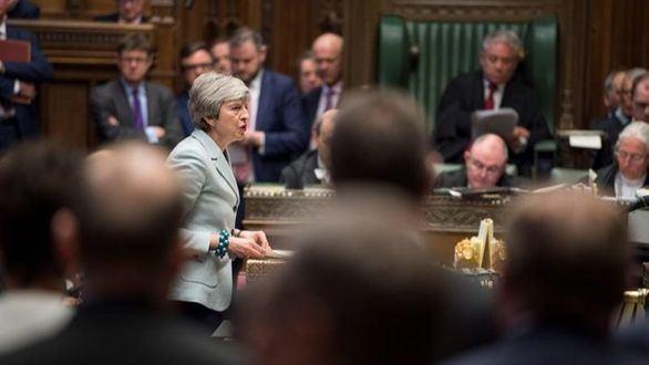 El Parlamento británico toma el control para votar un plan B del brexit