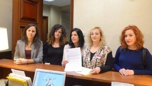 Detenida una asesora de Podemos por secuestrar a su hijo menor