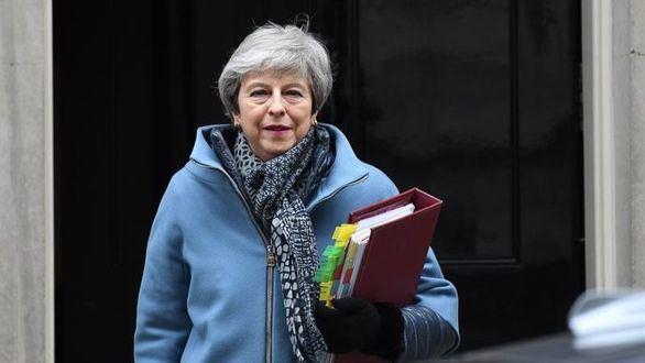May solicitará a la UE una prórroga más larga para negociar un plan conjunto para el brexit