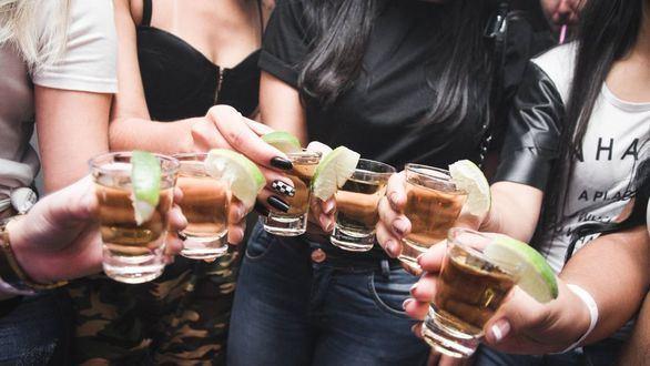 El alcohol daña el cerebro incluso después de dejar de beber