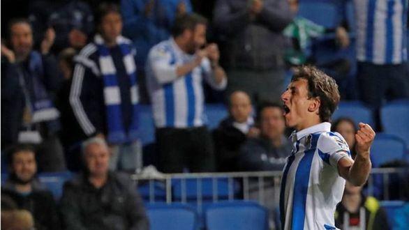 Oyarzabal rompe la mala racha de la Real  2-1
