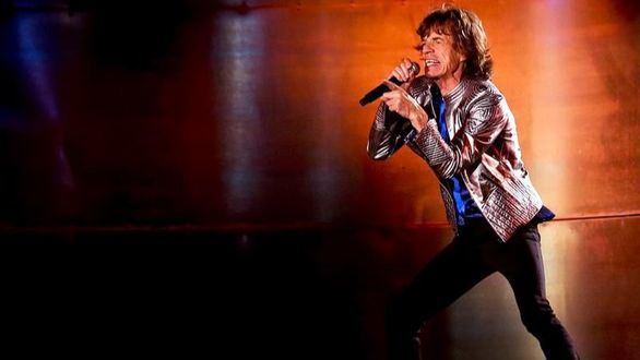 Mick Jagger supera con éxito una operación de corazón y suspende la gira de los Rolling