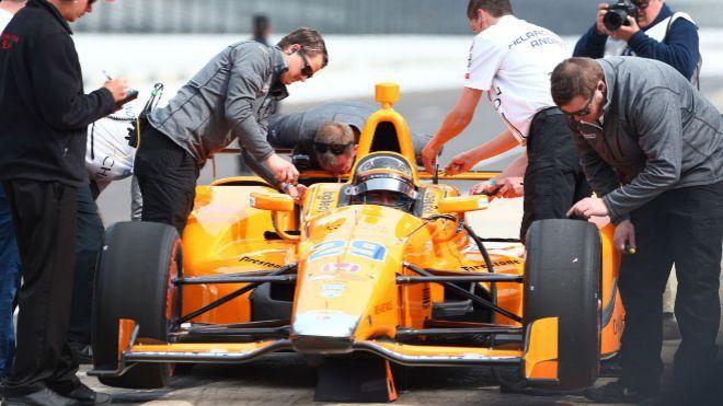 Indy500. Fernando Alonso desborda optimismo tras estrenarse en los test