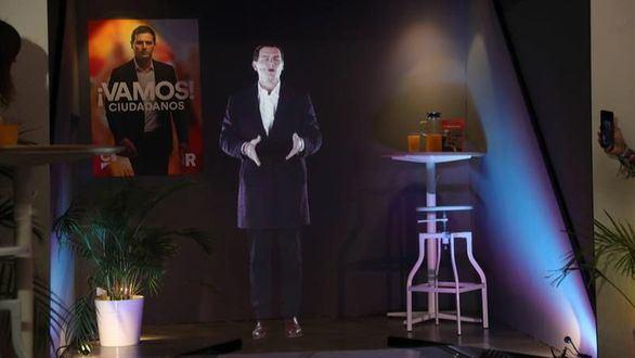 Rivera arranca la campaña en forma de holograma
