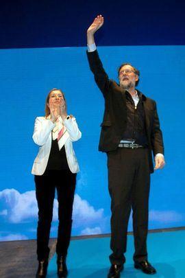 Mariano Rajoy junto a Ana Pastor en el acto del PP gallego este viernes en Pontevedra