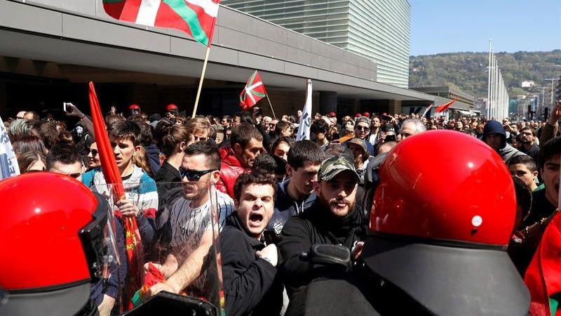 Radicales abertzales agreden a simpatizantes de Vox: 5 detenidos